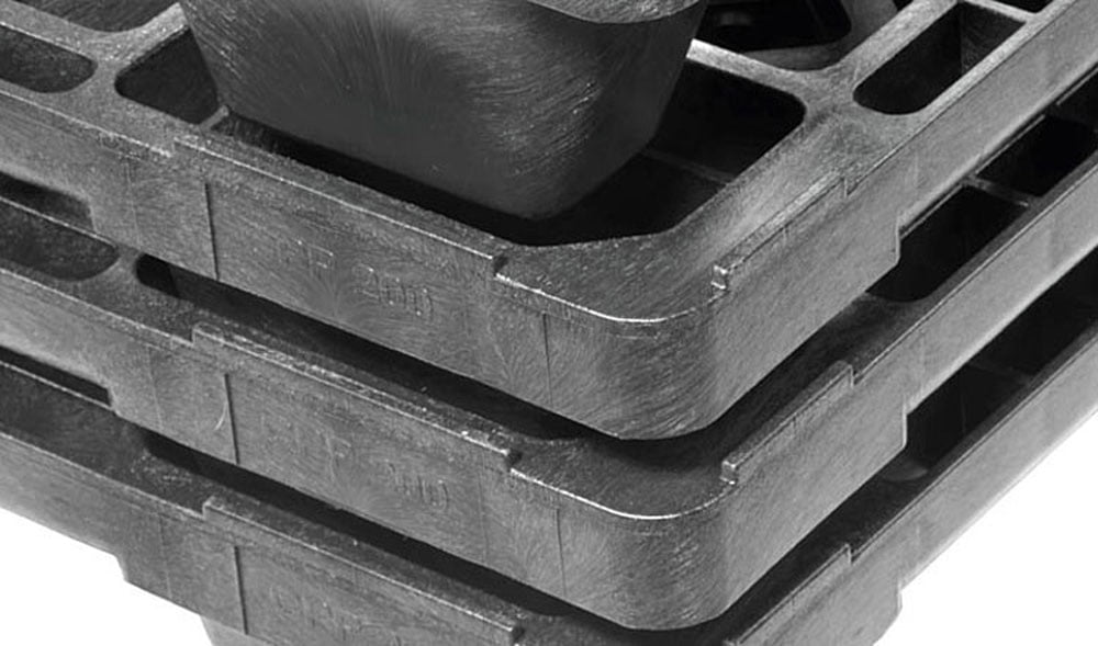 What are Plastic Pallets Made of?