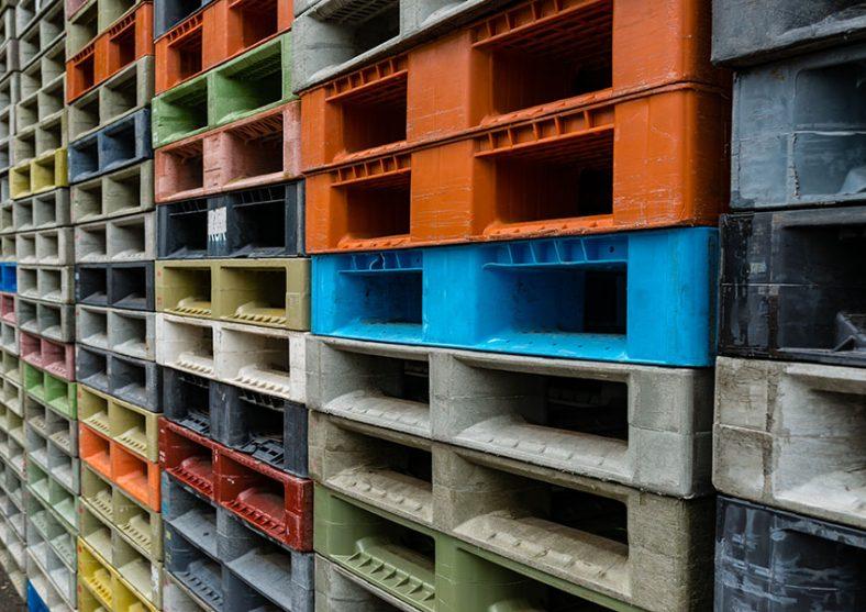 The Plastic Pallet Debate: New vs Used