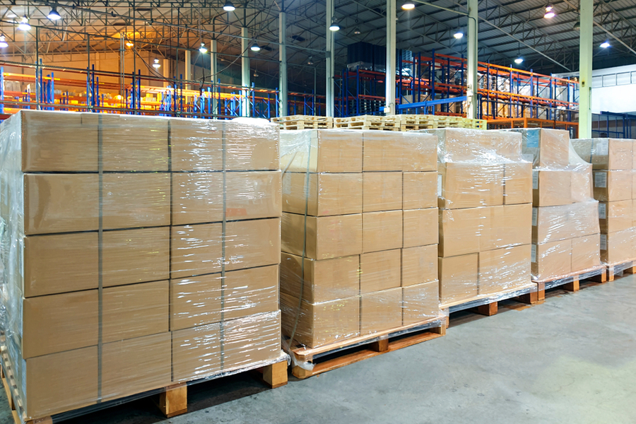 5 Industry Standards for Stacking Pallets Safely: A How-to Guide