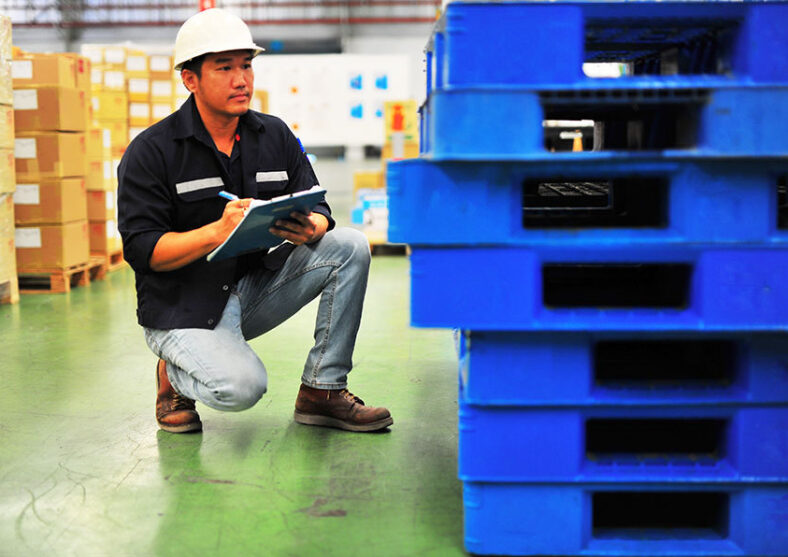 Stacking & Storage Checklist for Your Warehouse